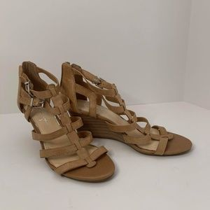 Jessica Simpson Strappy Caged Wedge Sandal Size 8